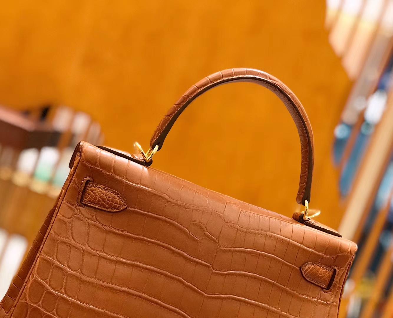 Hermès(爱马仕)Kelly  凯莉包 尼罗鳄鱼皮 蜜糖棕 28cm