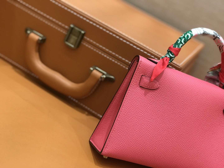 Hermès(爱马仕)mini Kelly 唇膏粉 金扣 德国进口掌纹皮 全手工缝制