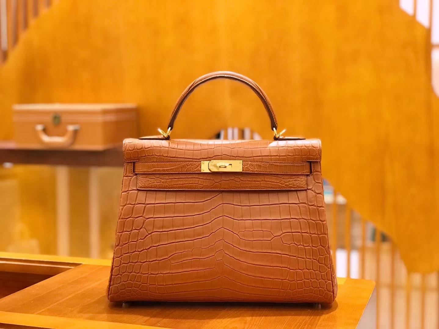 Hermès(爱马仕)Kelly 凯莉包 尼罗鳄鱼皮 蜜糖棕 32cm