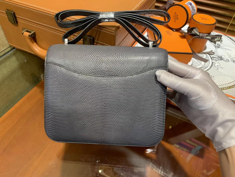 Hermès(爱马仕)Constance 空姐包 锡器灰 蜥蜴皮 银扣 18cm
