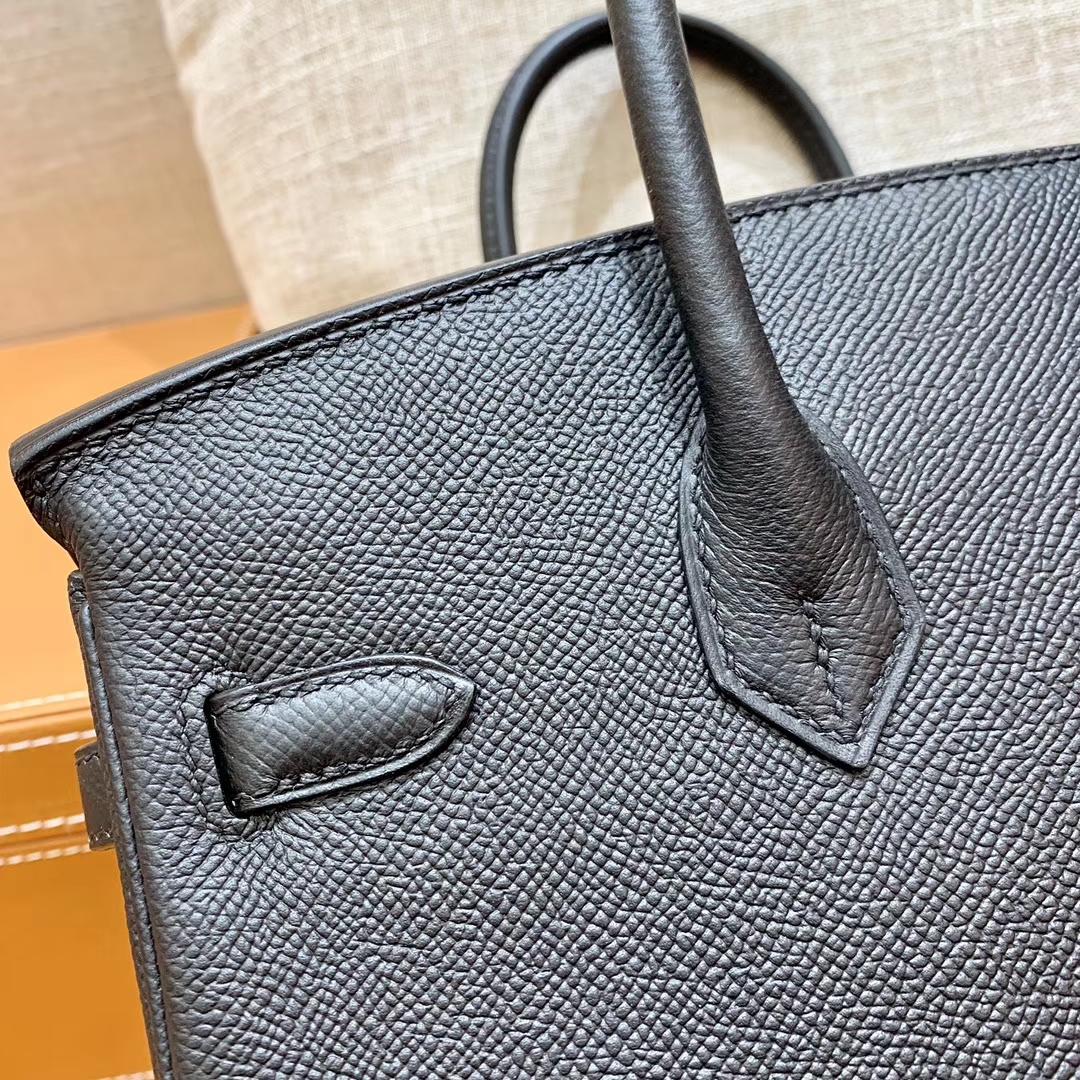 Hermès(爱马仕)Birkin 铂金包 黑色 掌纹牛皮 金扣 30cm 高订版本
