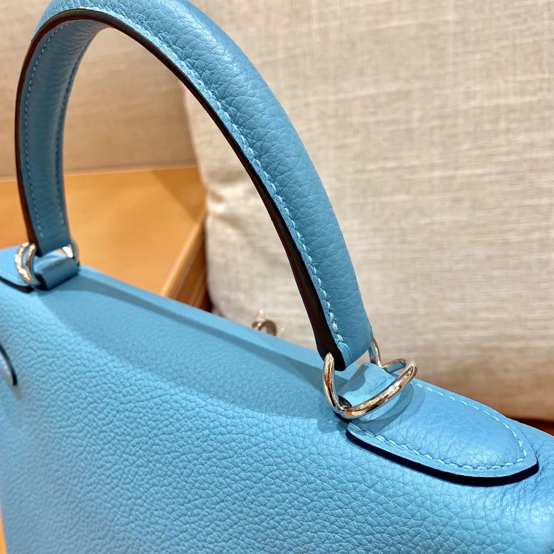 Hermès(爱马仕)Kelly 凯莉包 北方蓝 小牛皮 银扣 28cm