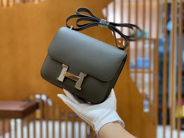 Hermès(爱马仕)Constance 空姐包 锡器灰 掌纹牛皮 全手工缝制 银扣 18cm 现货