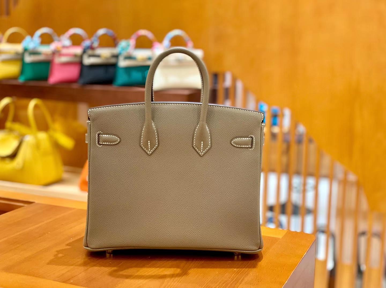 Hermès(爱马仕)Birkin 铂金包 大象灰 掌纹牛皮 金扣 30cm 高订版本