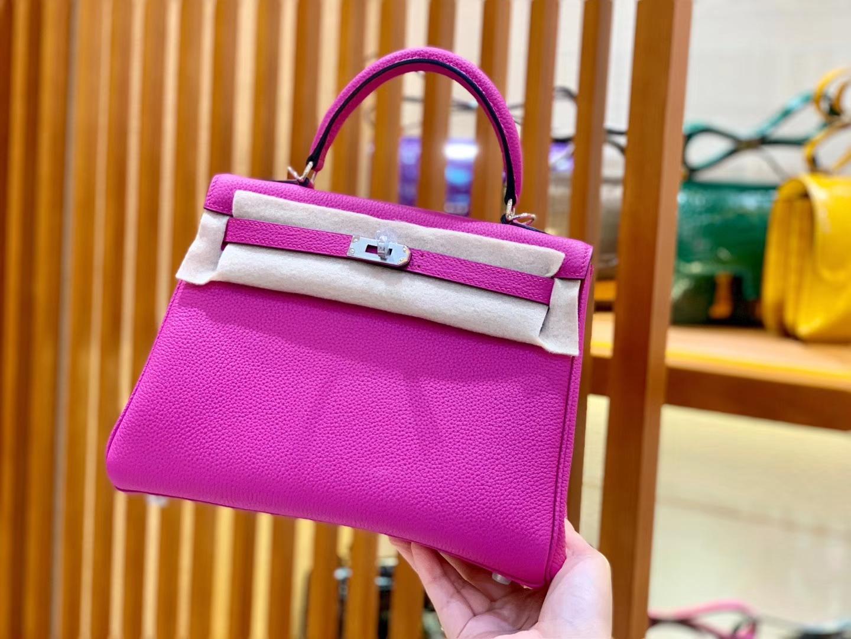 Hermès(爱马仕)新色 Kelly 凯莉包 桃红色 TOgo 银扣 28cm