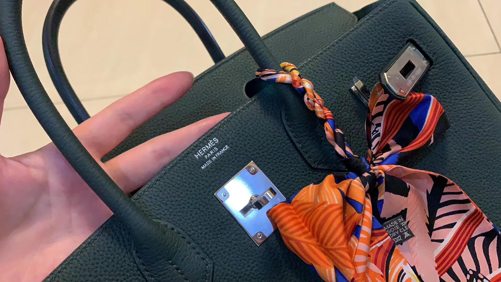 Hermès(爱马仕)Birkin 铂金包 烫金师傅的手艺 杠杠的