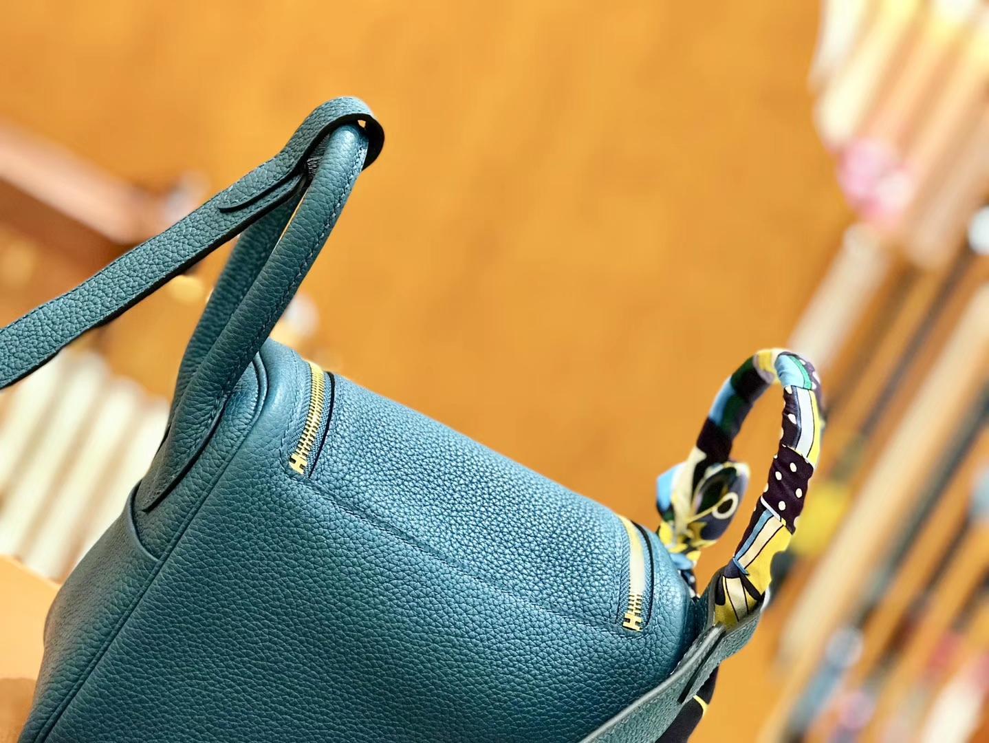 Hermès(爱马仕)Lindy 18cm 靛蓝色 金扣 全手工缝制