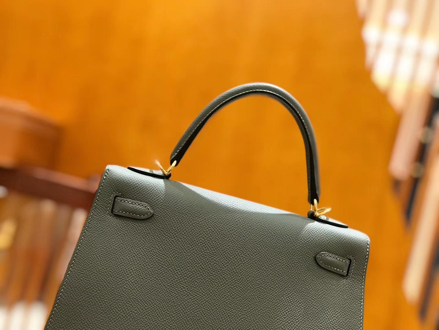 Hermès(爱马仕)Kelly 25cm 杏仁绿 金扣 掌纹牛皮 全手工缝制