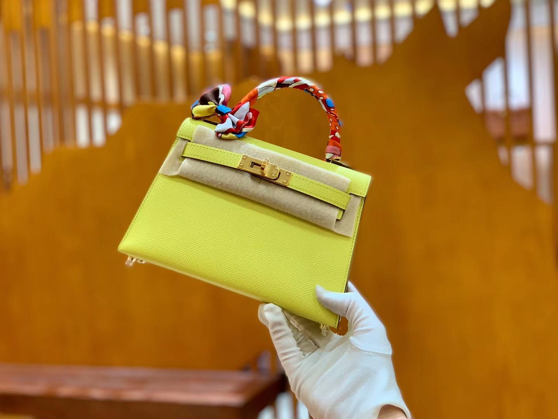 Hermès(爱马仕)Mini Kelly 19cm 柠檬黄 金扣 掌纹牛皮 全手工缝制