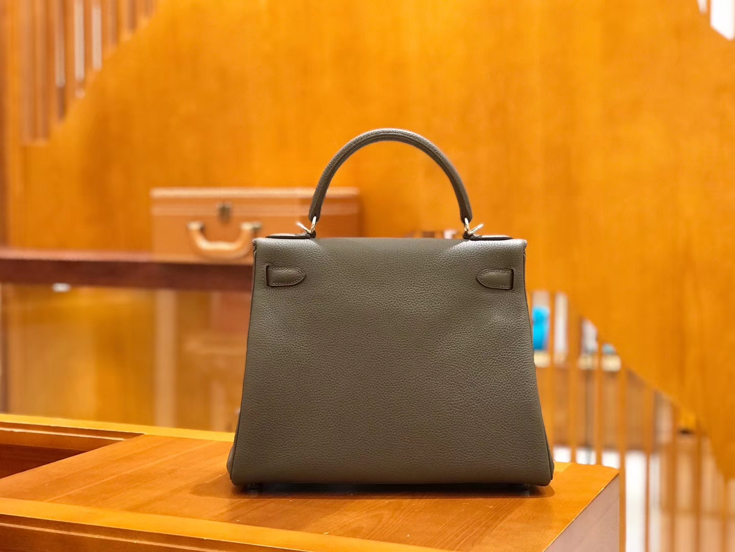 Hermès(爱马仕)Kelly 28cm togo 牛皮 锡器灰 银扣 全手工缝制 现货