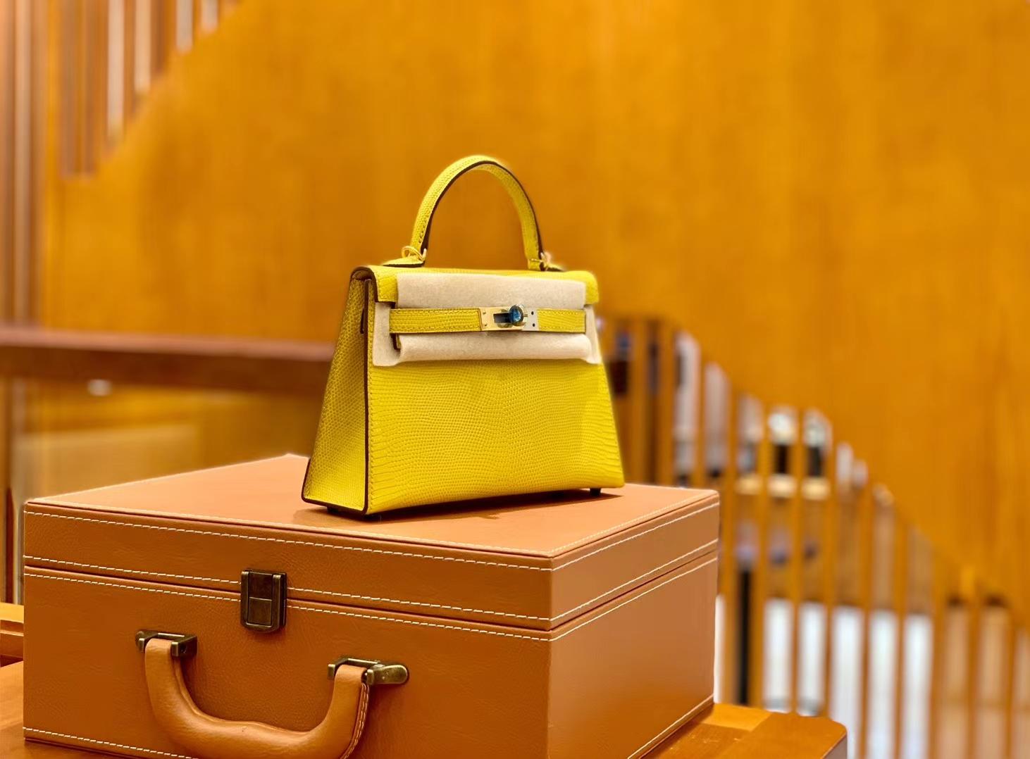 Hermès(爱马仕)迷你2代 19cm 那不勒斯黄 金扣 蜥蜴皮 全手工缝制