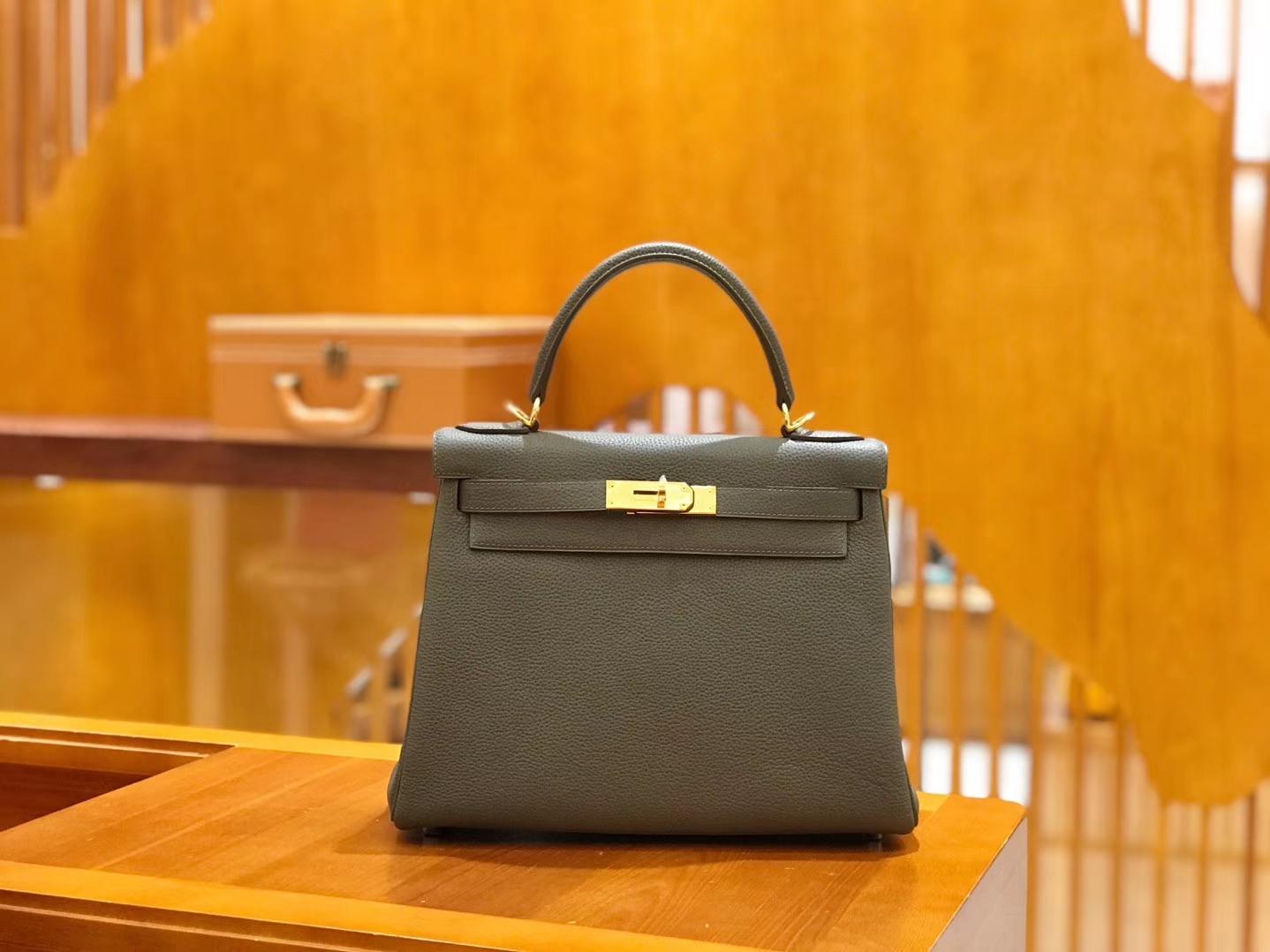 Hermès(爱马仕)Kelly 28cm togo 牛皮 锡器灰 金扣 全手工缝制 现货