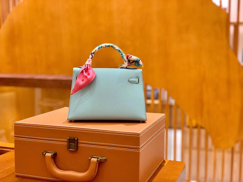 Hermès(爱马仕)Mini Kelly 19cm 马卡龙 金扣 掌纹牛皮 全手工缝制