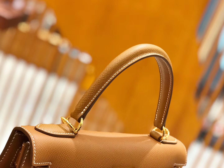 Hermès(爱马仕)Kelly 28cm 金棕色 金扣 掌纹牛皮 全手工缝制 现货