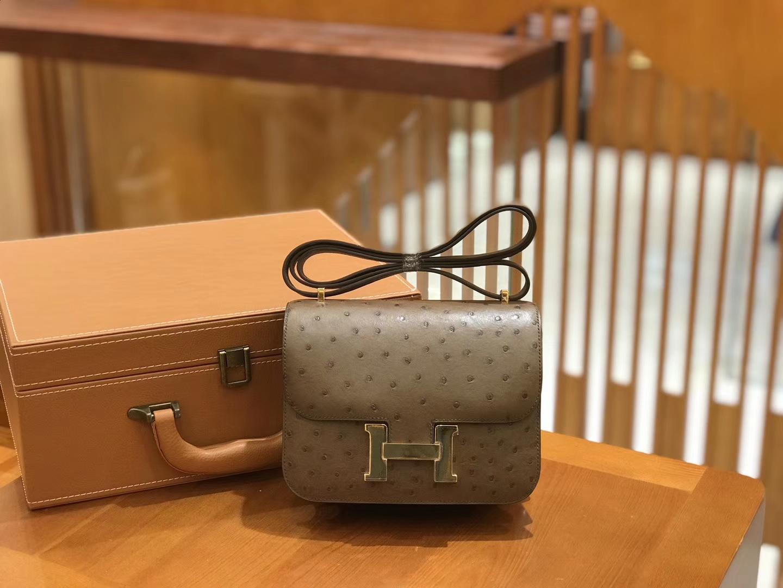 Hermès(爱马仕)Constance 18cm 鸵鸟皮 大象灰 金扣 全手工缝制 现货
