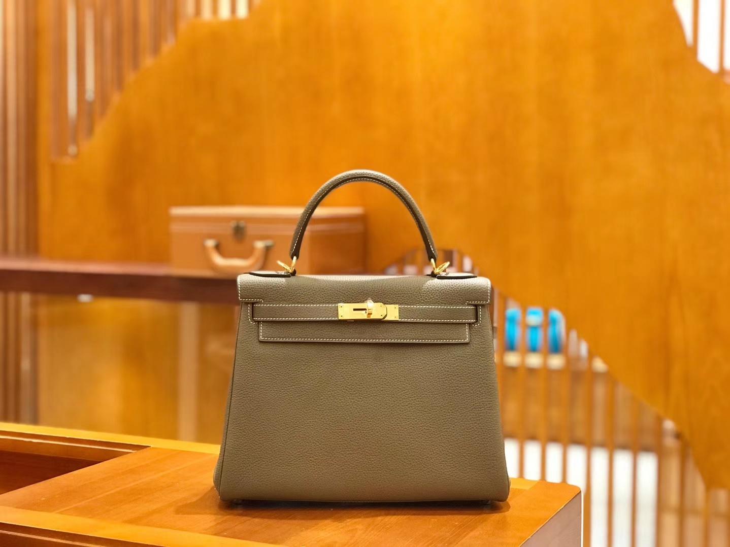 Hermès(爱马仕)Kelly 28cm togo 牛皮 大象灰 金扣 全手工缝制 现货