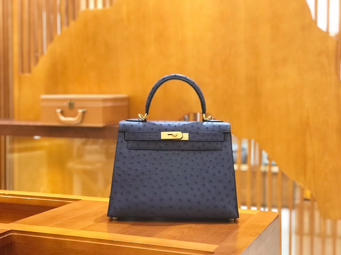 Hermès(爱马仕)Kelly 28cm 鸵鸟皮 玛瑙蓝 全手工缝制 新增现货