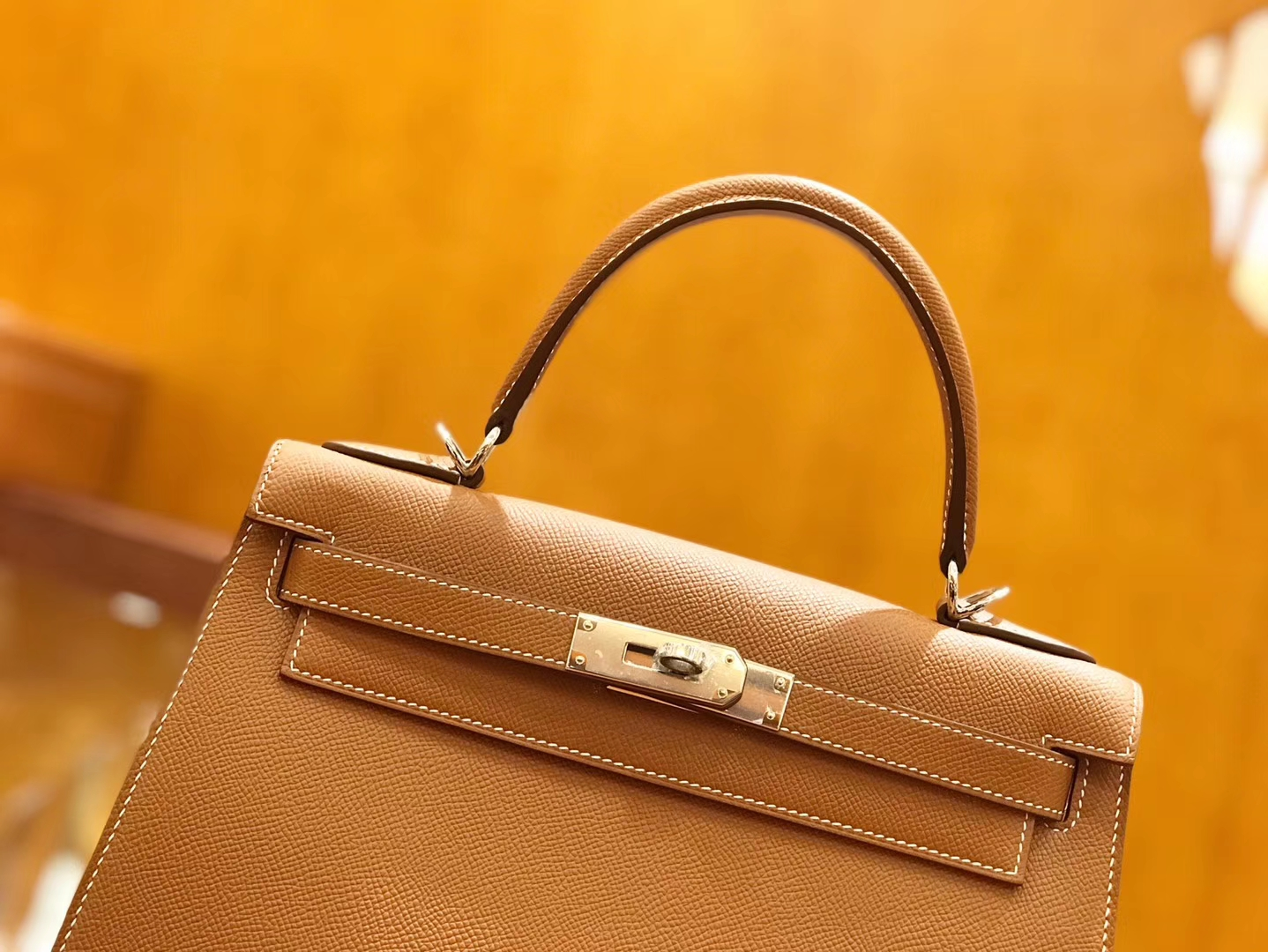 Hermès(爱马仕)Kelly 28cm 金棕色 银扣 掌纹牛皮 全手工缝制 现货