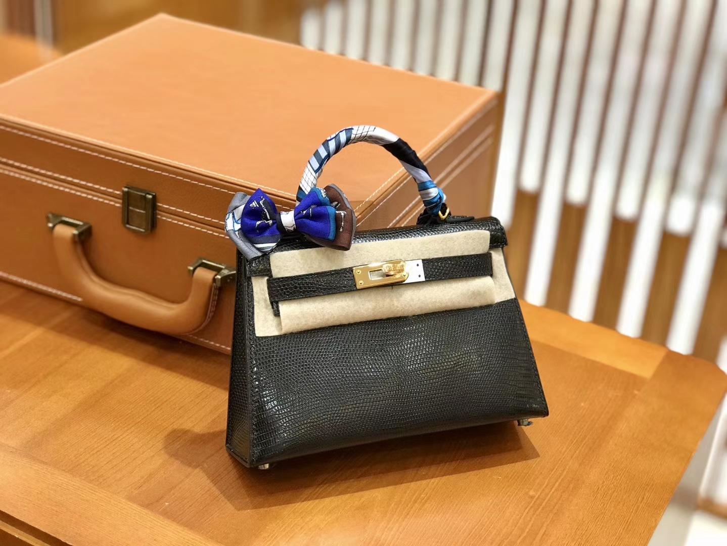 Hermès(爱马仕)新增现货 2代 19cm 蜥蜴皮 经典黑 金扣 全手工缝制