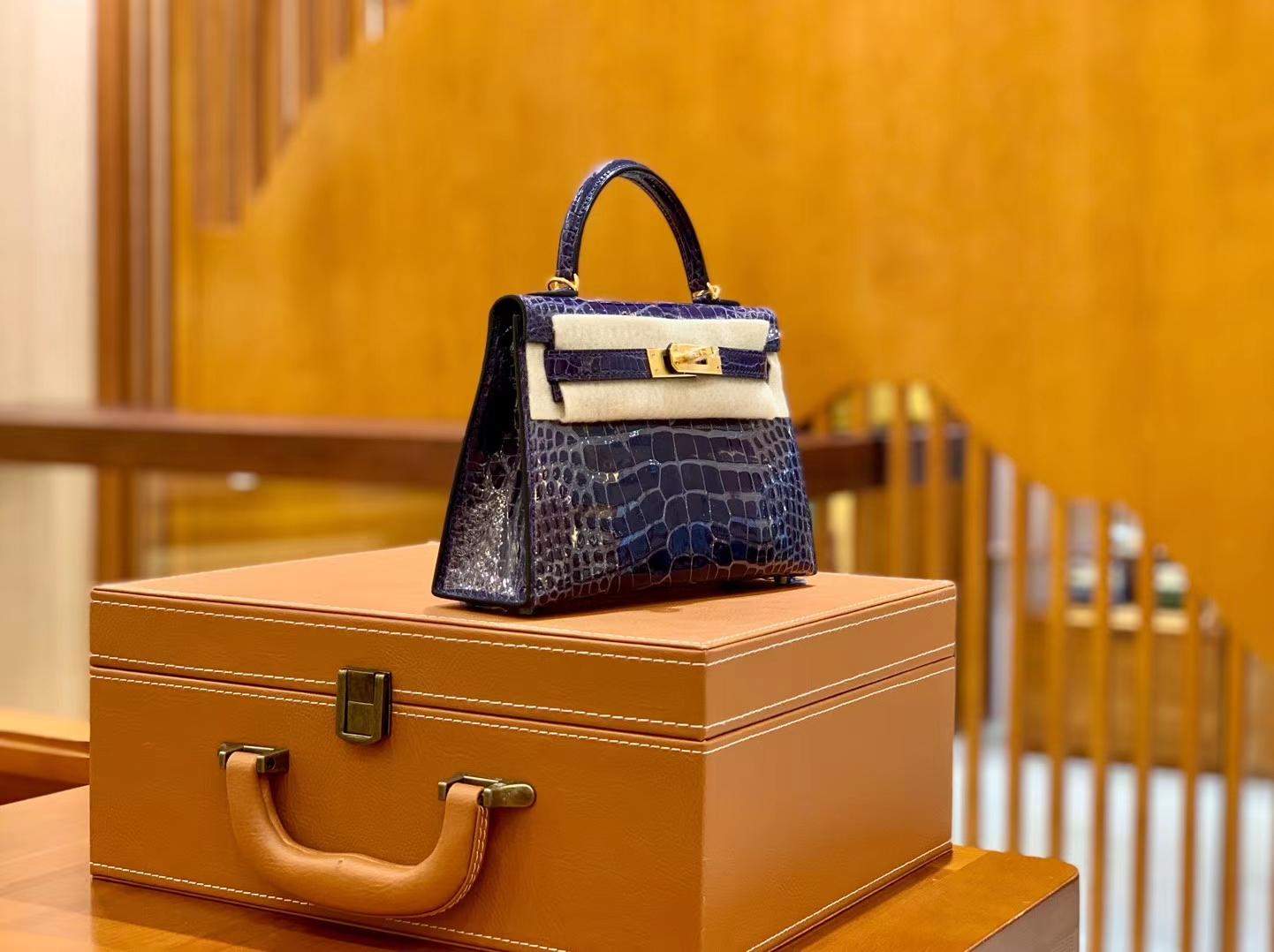 Hermès(爱马仕)迷你 2代 19cm 美洲鳄鱼 墨水蓝 金扣 全手工缝制 新增现货