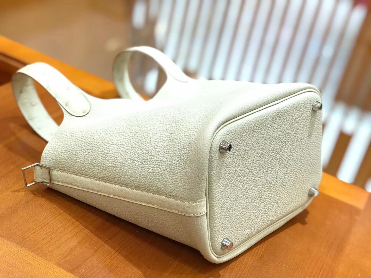 Hermès(爱马仕)Piction 18cm 奶昔白 银扣 鸵鸟皮拼小牛皮 全手工缝制