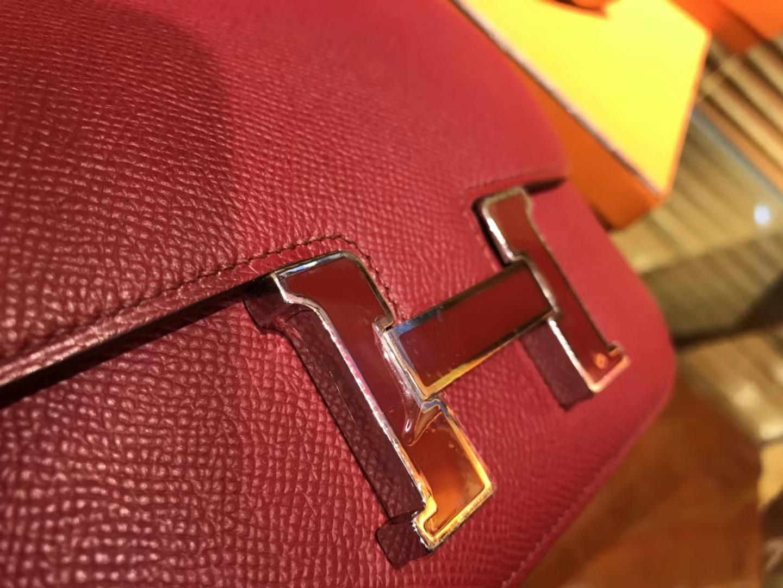 Hermès(爱马仕)Constance 18cm 石榴红 珐琅银扣 掌纹牛皮 全手工缝制 现货