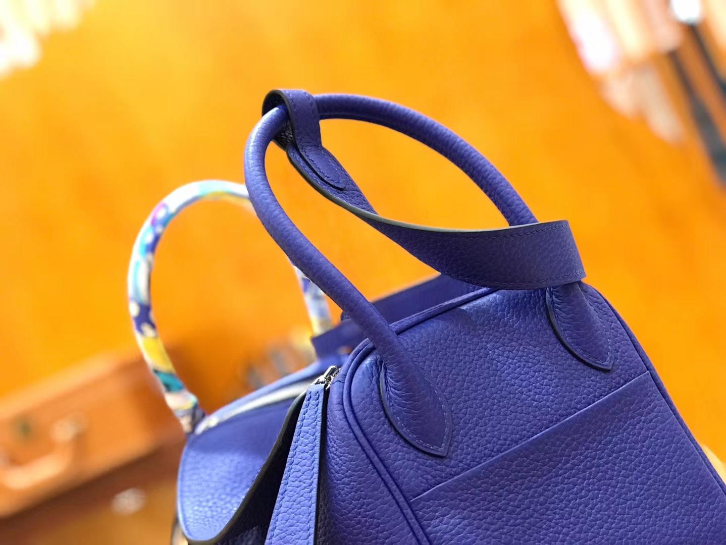 Hermès(爱马仕)Lindy琳迪包 电光蓝 德国进口togo牛皮 全手工缝制 银扣 30cm