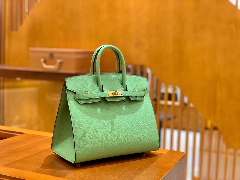Hermès(爱马仕)Birkin 25cm 掌纹牛皮 牛油果绿 金扣 外缝
