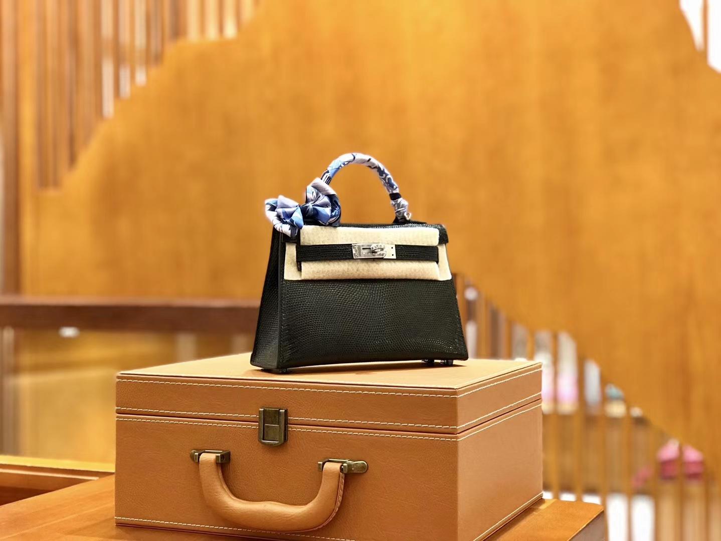 Hermès(爱马仕)新增现货 2代 19cm 蜥蜴皮 经典黑 银扣 全手工缝制