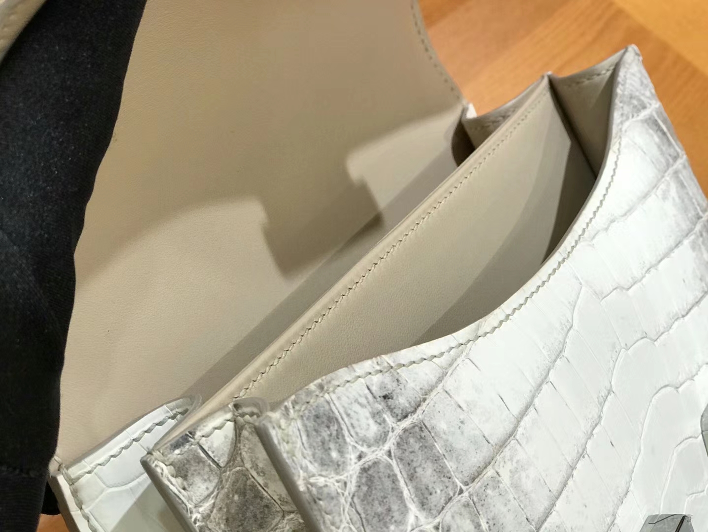 Hermès(爱马仕)Constance 空姐包 喜玛拉雅 银扣 18cm 顶级品质
