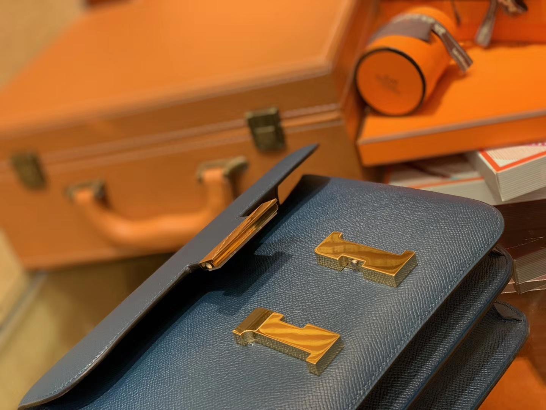 Hermès(爱马仕)Constance 24cm 靛蓝色 金扣 掌纹牛皮 全手工缝制 现货