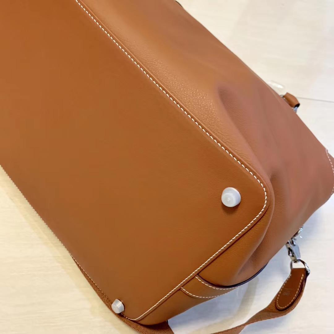 Hermès(爱马仕)Toolbox 牛奶盒 旅行包 金棕色 35cm 少量现货