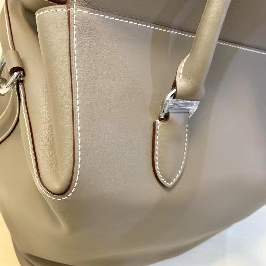 Hermès(爱马仕)Toolbox 牛奶盒 旅行包 斑鸠灰 35cm 少量现货