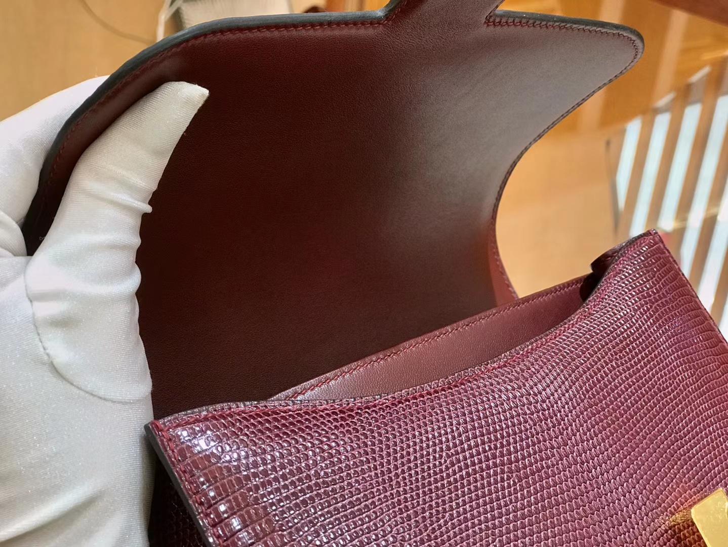 Hermès(爱马仕)Constance 24cm 波尔多酒红 南非蜥蜴皮 全手工缝制