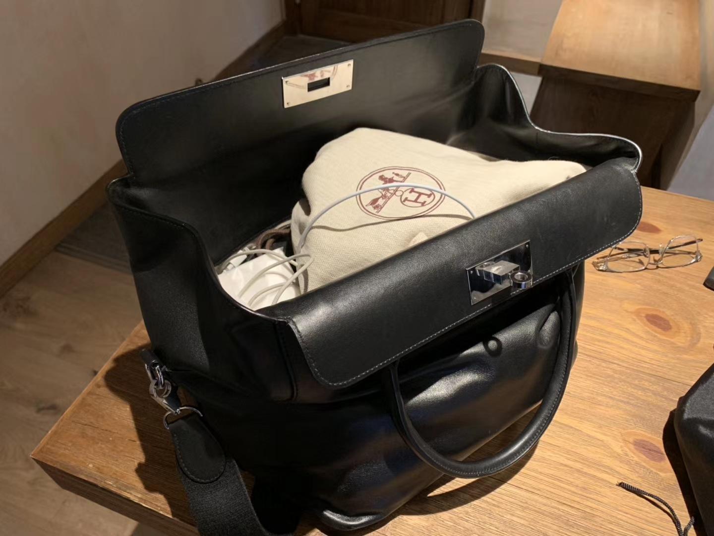 Hermès(爱马仕)Toolbox 牛奶盒 旅行包 经典黑 35cm 少量现货