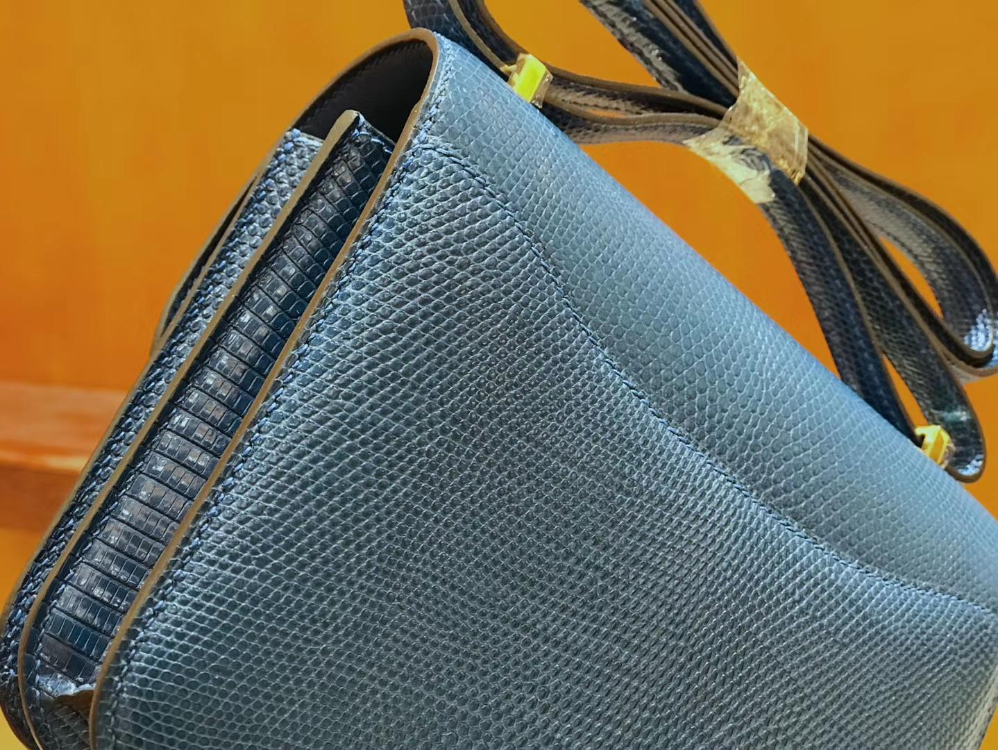 Hermès(爱马仕)Constance 18cm 海军蓝 南非蜥蜴皮 全手工缝制