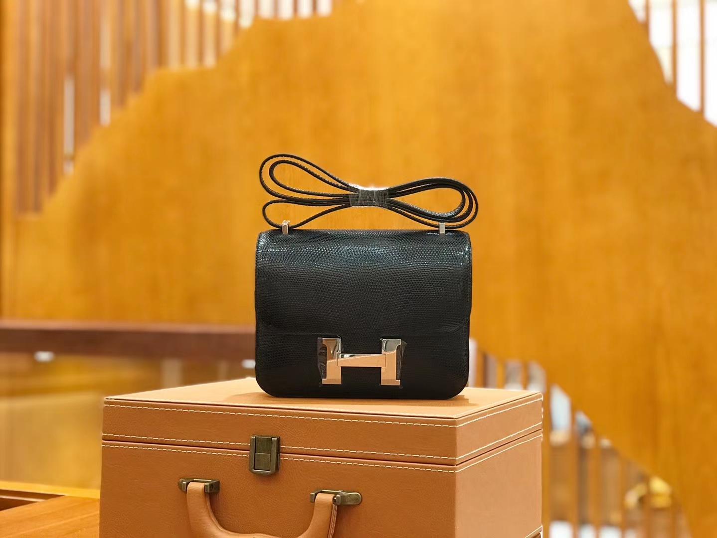 Hermès(爱马仕)Constance 18cm 经典黑 南非野生蜥蜴皮 银扣 原版蜜蜡线 顶级手缝