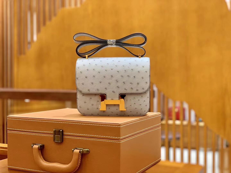 Hermès(爱马仕)Constance 18cm 冰川蓝 南非KK级鸵鸟皮 金扣 原版蜜蜡线 顶级手缝